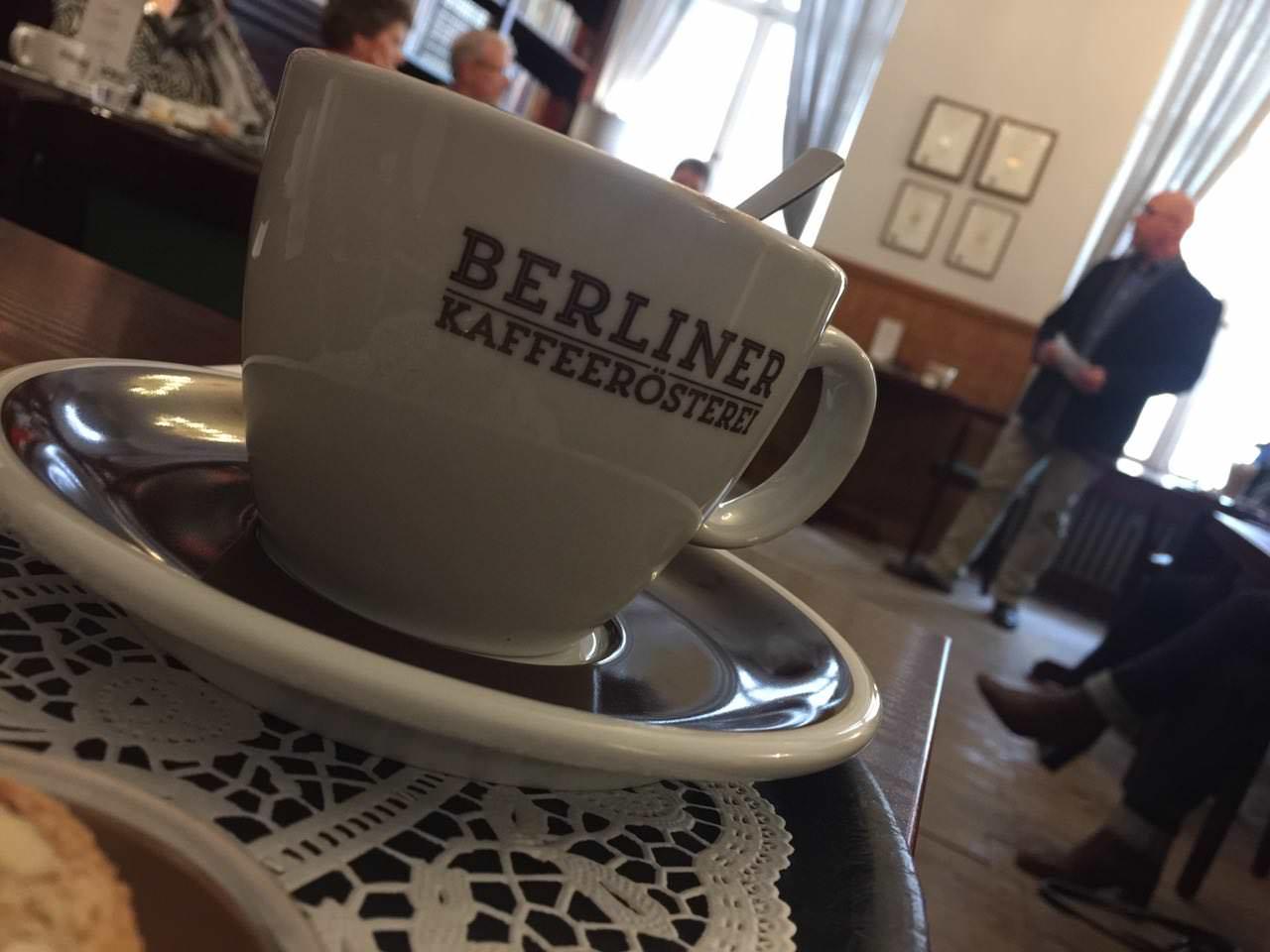 Am 4. Montag des Monats verschlägt es uns immer in die Berliner Kaffeerösterei