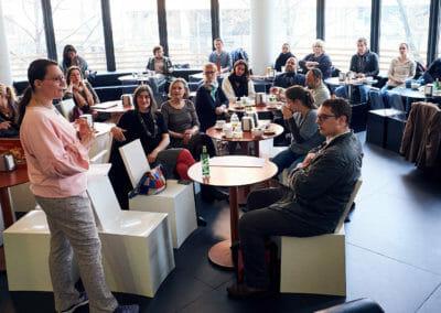 Es waren haufenweise Unternehmer/innen zusammengekommen, um den Vortrag von Katja zu hören